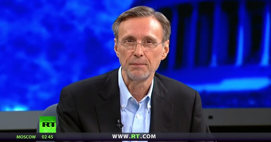 Thom Hartmann: Why China May Cause the Next Crash