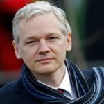 Julian Assange Agrees to Give Himself Up If Obama Pardons Chelsea Manning