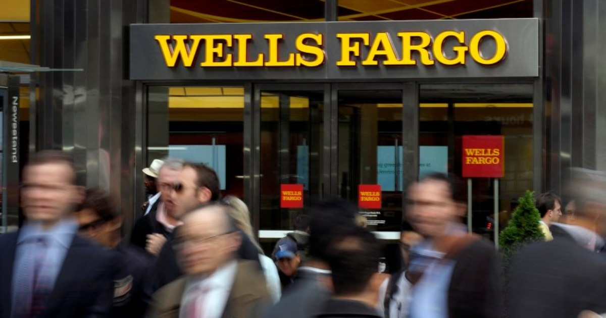 Wells Fargo fined $185 million on phony accounts, fires 5300 staff