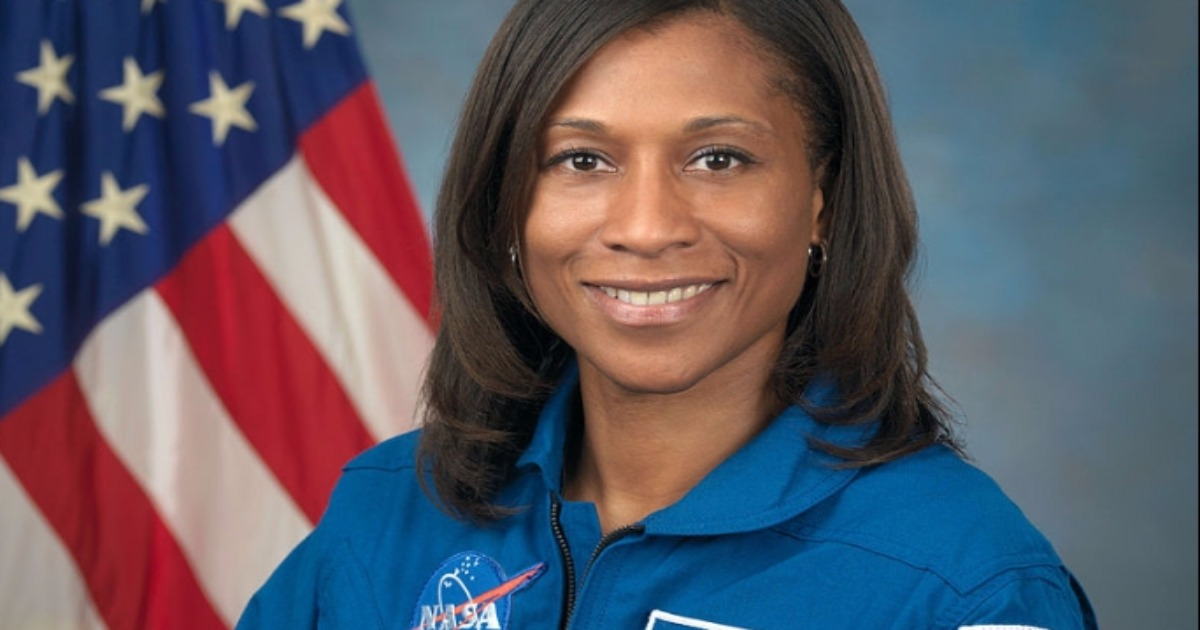 female astronaut epps - photo #1