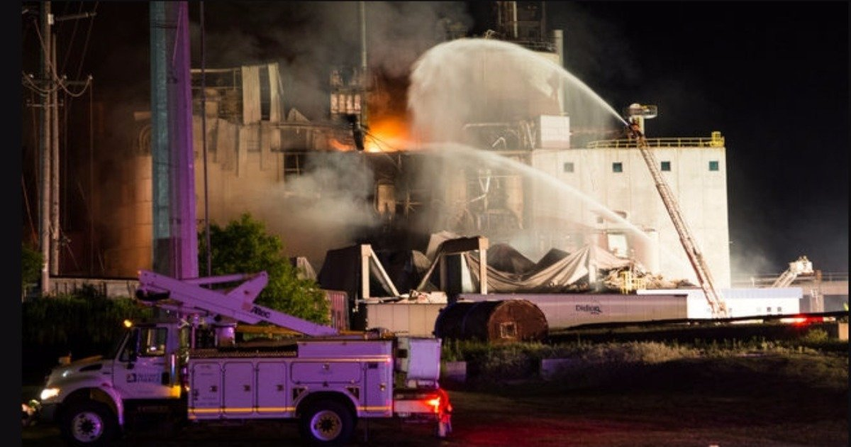 Fiery explosion reported at Wisconsin corn milling plant