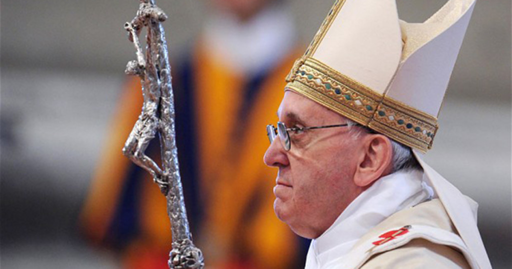 """Pope Francis Speaks Before 270 Bishops at Vatican City: """"Acceptance & Mercy"""" """"Open Doors"""""""
